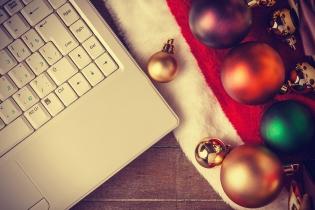 8 vinkkiä juhlapyhien sähköpostimarkkinointiin [infograafi]